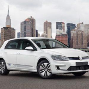 Volkswagen e-Golf 2017 — цена приятно удивит