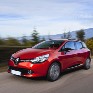 Новый Renault Clio 2019г раскрыл роскошный интерьер